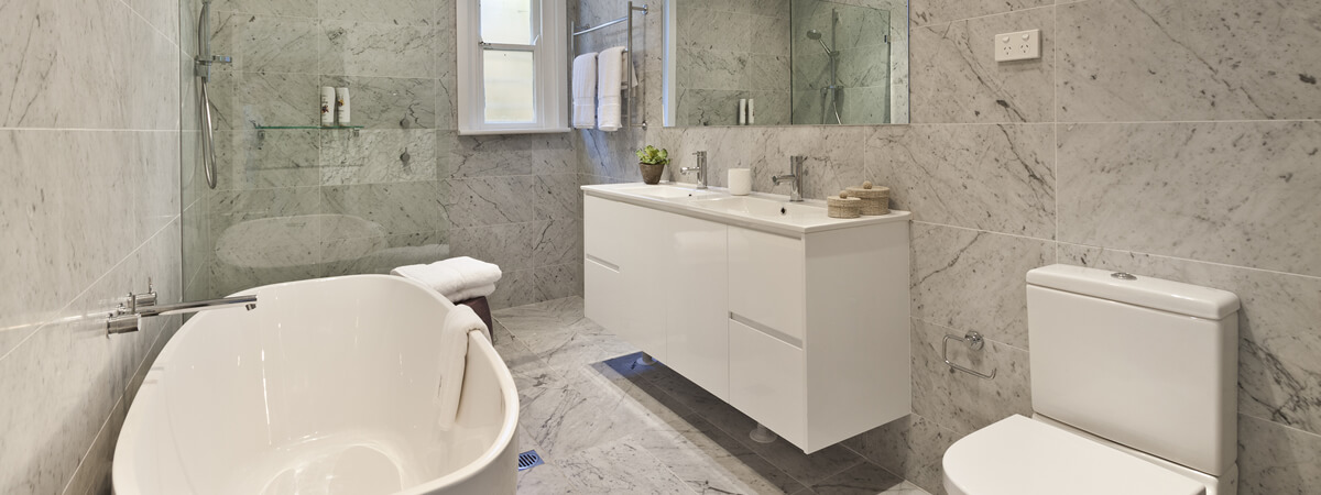 LUXURIOUS MODERN BATHROOM DESIGNSBook an In-Home Consultation Today